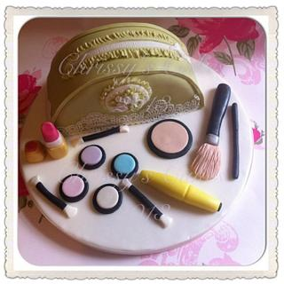 Glamourous Make-up