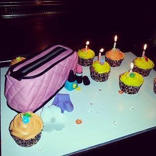 Makeup bag and Cupcakes
