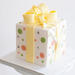 Simple Present Cake