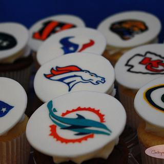 Hand Painted NFL Cupcakes!