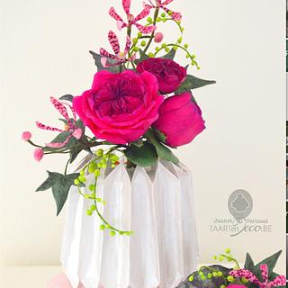 cake with origami vase, orchids and roses