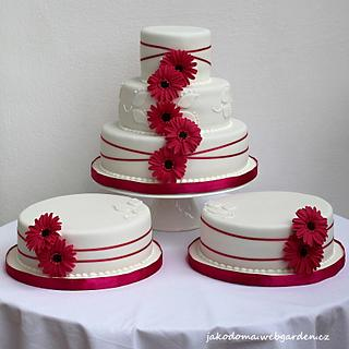 Wedding Cake with Gerberas