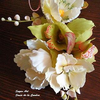 Sugarpaste wedding bouquet