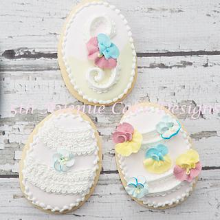 How to Decorate a Pansy Ruffle Cookie - Cake by Bobbie