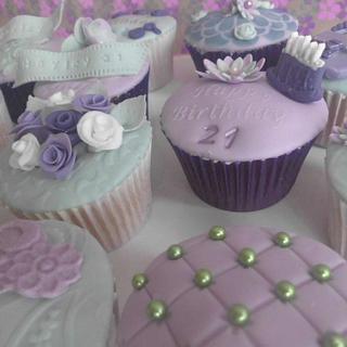 soft hues - Cake by prettypetal