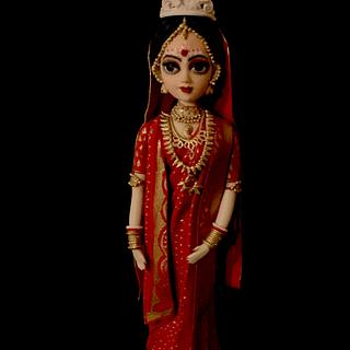 A traditional Indian bride - Cake by The Hot Pink Cake Studio by Ipshita