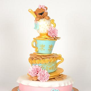 My favorite cake...the bear in the cup!