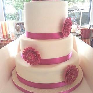 Gerbera wedding cake by Truly Scrumptious Cupcakes Shrewsbury