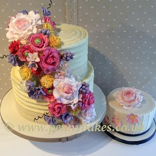 Sugar flowers cascade, wedding cake
