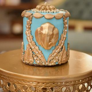 Indian inspired turquoise and gold mini cakes