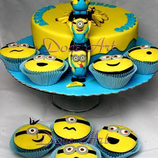 Minions cake & cupcakes