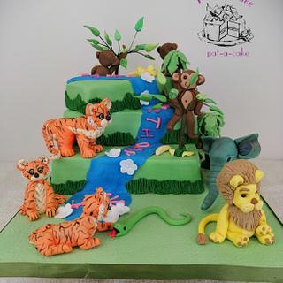 Jungle birthday cake - Cake by Pattiecake