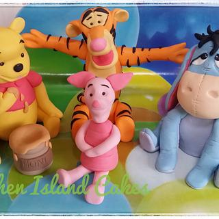Winne the pooh and friends cake toppers