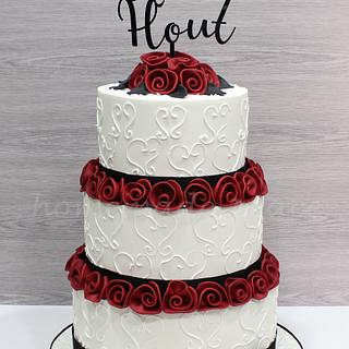 Deep red rose wedding cake - Cake by Piece of Cake-homemade peace
