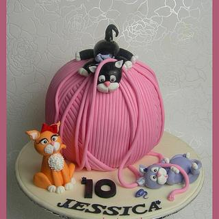 Tubby, Mischief & Posh: Kittens at play - Wool ball cake
