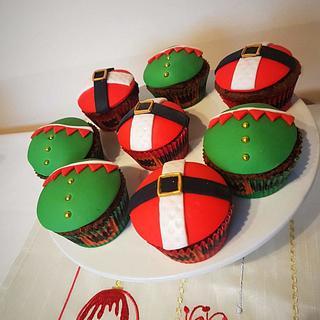 Christmas teacher cupcakes
