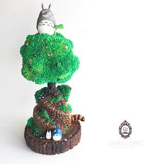 Studio Ghibli Cake Collaboration: My Neighbor Totoro by Laura López