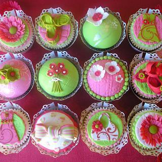 Summer Brights Cupcakes