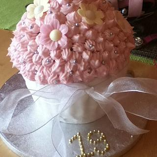 Daughters 19th Giant cupcake - Cake by Lesley