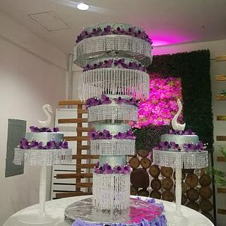 Chandelier Cake - Cake by iamtanyapuhin