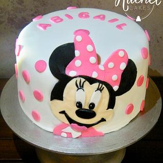 Minnie Mouse - Cake by Rachel~Cakes