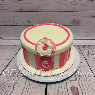PINK GIFTBOX - Cake by ECM