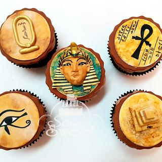 Egyptian ancient cupcakes
