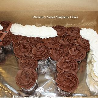 Horse Cupcake Cake - Cake by Michelle