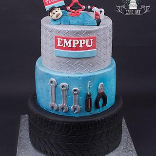 Car mechanic cake - Cake by Twister Cake Art