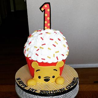 Winnie-the-Pooh Giant Cupcake