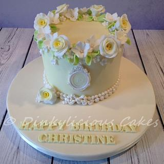 Vintage lemon with roses - Cake by Dinkylicious Cakes