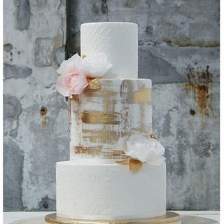 Golden Sunshine Wedding Cake
