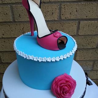 heel shoe cake