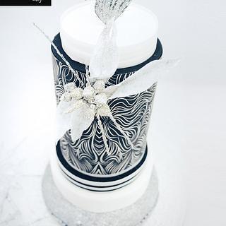 Navidad en blanco y negro - Cake by Berna García / Ilusiona Cakes