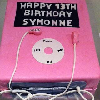 Pink ipod classic  - Cake by Lisa