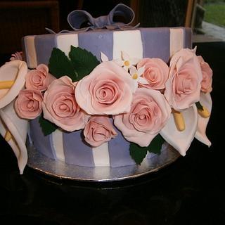 Floral hat box cake
