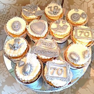 Vintage 70th Wedding Anniversay Cupcakes