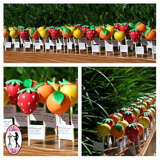 Fruit cake pops