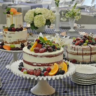 Naked wedding cakes  - Cake by Magda's cakes