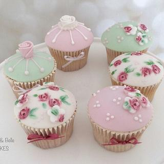 Vintage wedding cupcakes - Cake by Ruby & Belle Cakes
