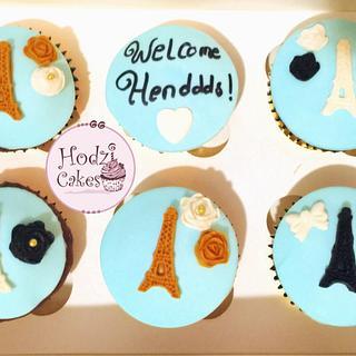 Paris Cupcakes💙💛 - Cake by Hend Taha-HODZI CAKES