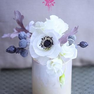 Wafer Paper Flowers: Winter bouquet