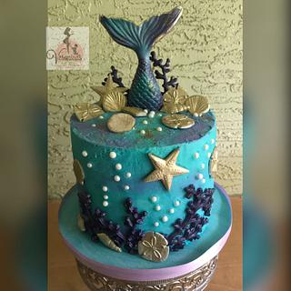 A Mermaid's Tail  - Cake by Veronica Matteson