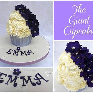 Purple Giant Cupcake - Cake by Amanda Brunott