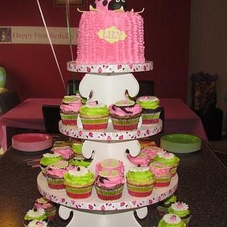 Ladybug First Birthday Cupcake Tower - Cake by Jaybugs_Sweet_Shop