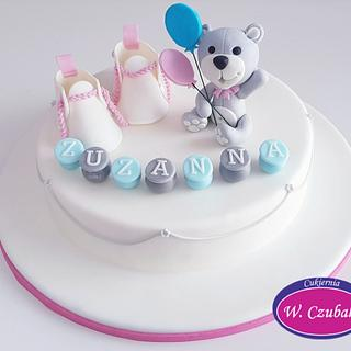 Cake with teddy Bear