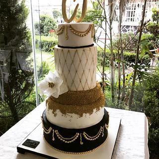 Wedding cake gold white and black