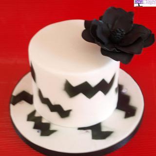 Black & White - Cake by M&G Cakes