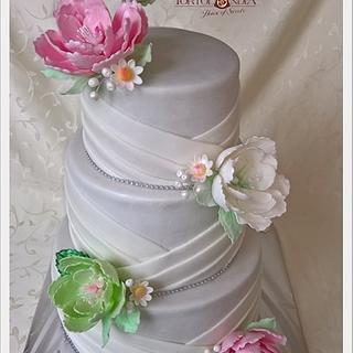 Wedding cake in pastel colours