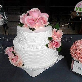 Wedding Cake - Cake by Muffins & Cookies Bakery